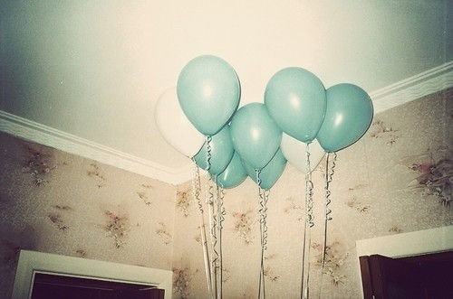 balloons-birthday-happiness-indie-Favim.com-1513450